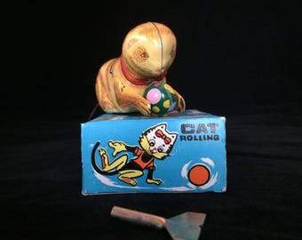 Mechanical Clockwork Wind-Up Tin Rolling Cat - Made In China - With Original Box