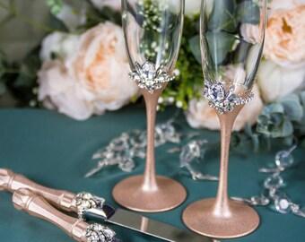 Rose Gold and Crystal Wedding Toasting Glasses and Cake Server Set, Rose Gold Champagne Flutes, Wedding Cake Server, Crystal Cake Knife 4pcs