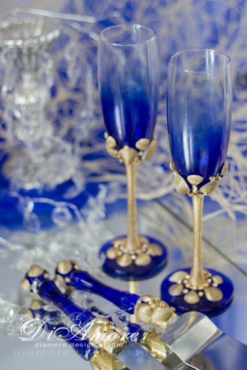 4 pcs Royal Blue Exotic Personalized Wedding Set Sea Cake Server Set Gold Toasting Flutes Beach Wedding Set for Cake Wedding Glasses