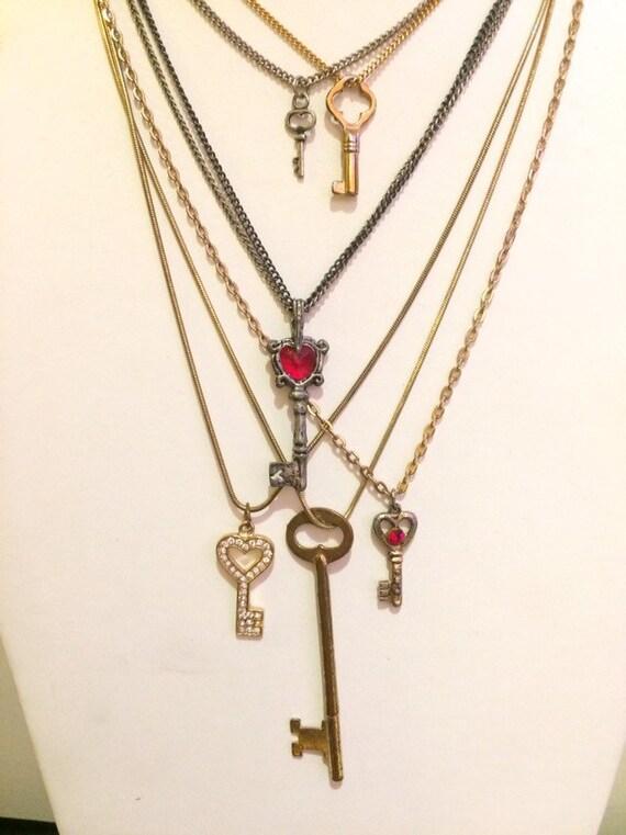 6 Costume Necklaces Lot  Key Necklace Lot Vintage