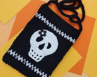 Crochet Handmade White Skull Applique on Black Crossbody Handbag, 100% Cotton Yarn, Crochet Soufflé, FREE SHIPPING