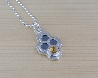 silver honeycomb necklace. silver citrine pendant. bee necklace. honey necklace. honeycomb jewelry. bee jewelry. hexagon pendant.