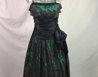 Vintage Union Made Taffeta lace Prom occasion dress 50's 60's