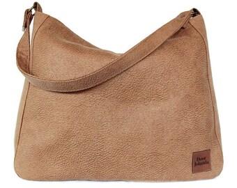 0a661bf2a83 Hobo bag, camel kleurige grote tas, camel tas met rits, vegan schoudertas,  dames tassen met rits, cadeau vrouw