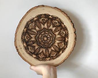 Mandala table decoration pyrography wood burning