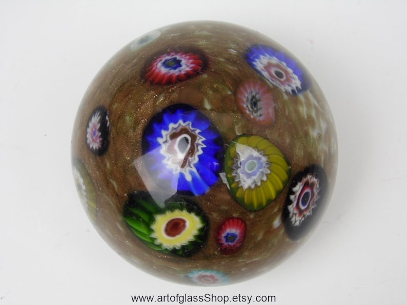Vintage Murano glass paperweight image 0