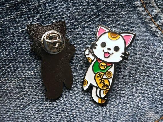 Lapel Pin Lucky Cat Enamel Pin