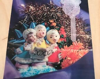 1960's lenticular 3d choir scene post card with nice vibrant colors
