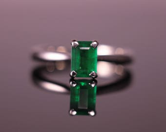 Emerald Cut Emerald Palladium Engagement Ring Single Stone 4-Claw Setting Pre-Loved Traditional Emerald Ring Dainty Boho Unique Vintage