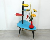 50s 60s Tall PLANT TABLE 4 triangle Levels w center stem with blue-red-yellow Vinyl, Rockabilly Mid Century Modern Era Germany
