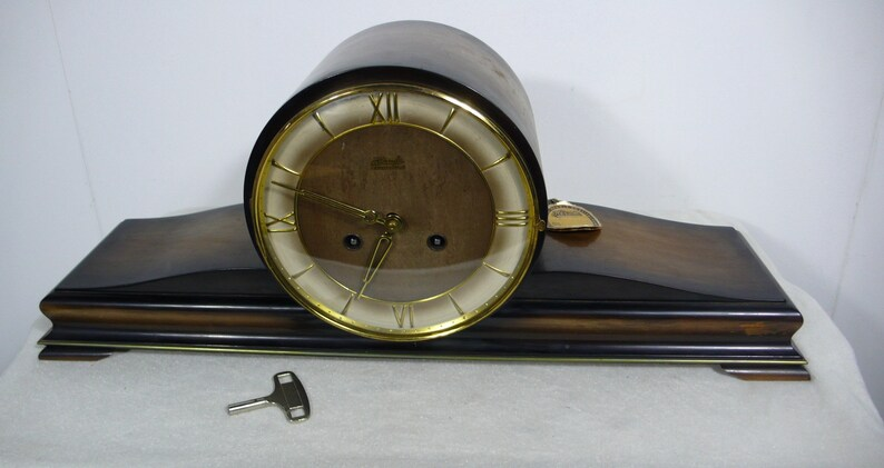 50s Hermle Mantel Clock 'Schwebeanker' key-wind, 8-day-work 4 Hammer Chime,  Black Forest Germany
