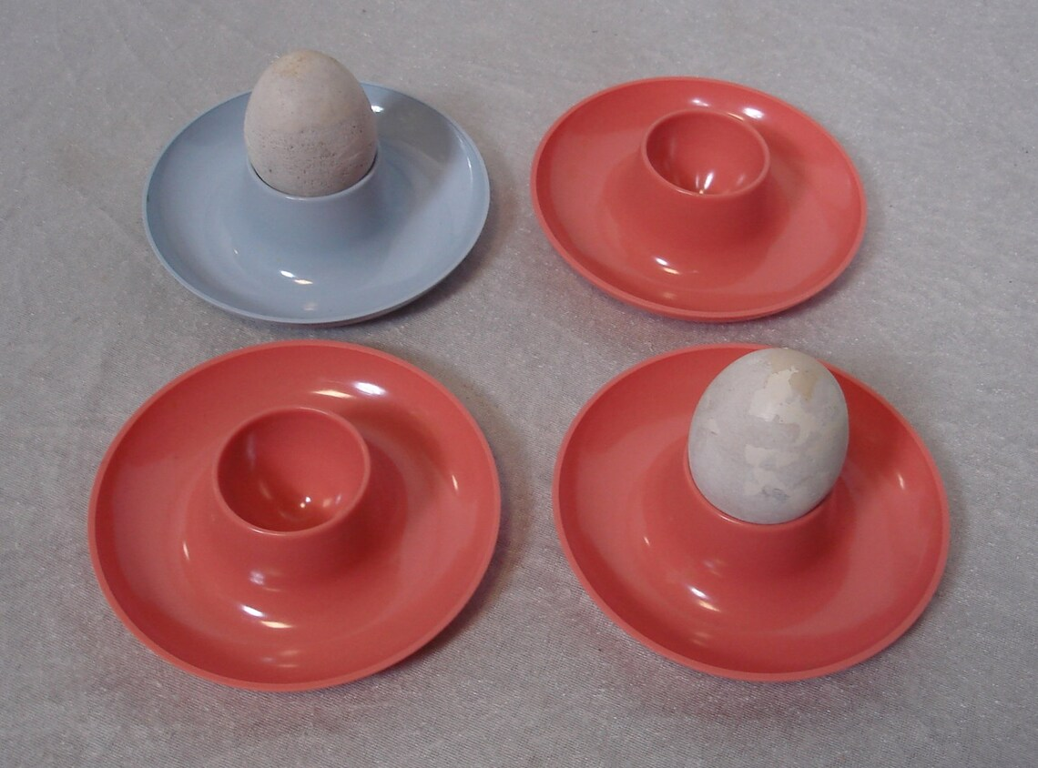 50s 60s 4 Egg Cups round, salmon + blue colors, German Mid Century Modern