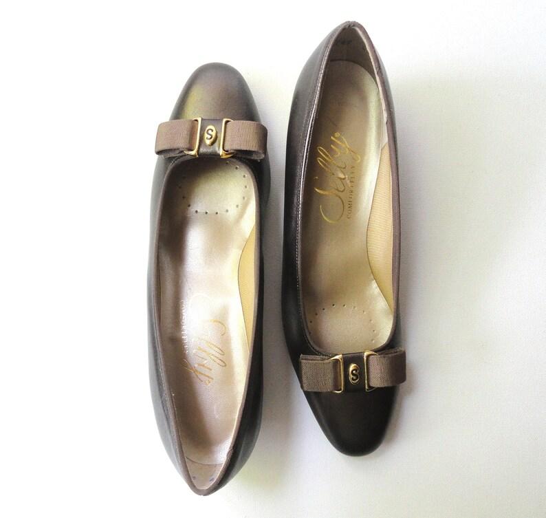 6bbbe1160a38b Unworn Bronze Pumps Vintage 1980 Selby Comfort Flex Shoes Sz   Etsy
