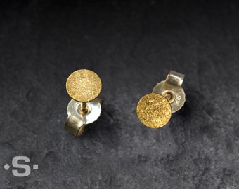 Earrings, stud earrings gold 999 and gold 585. Minimalist, round, flat. Bridal jewelry. Knife 4 mm to 8 mm. Point ear plugs.