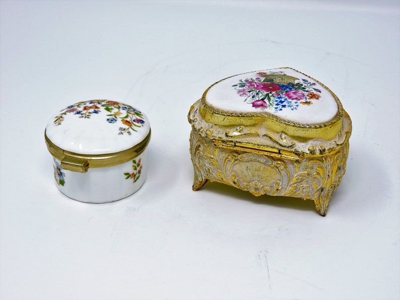 Heart Shaped Box with Clasp Yellow Fine Bone China wPink Roses Heart Ring Box /& Aynsley Fine China Miniature Round Pill Box Made in England