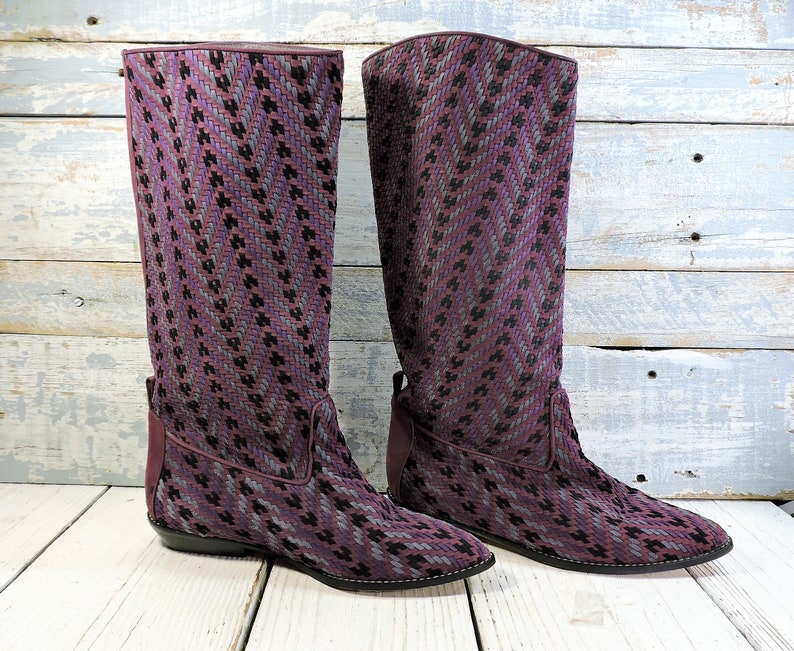 f6dacfe8642 Womens Boots Woven Purple   Black Fabric Flat Boots Vintage