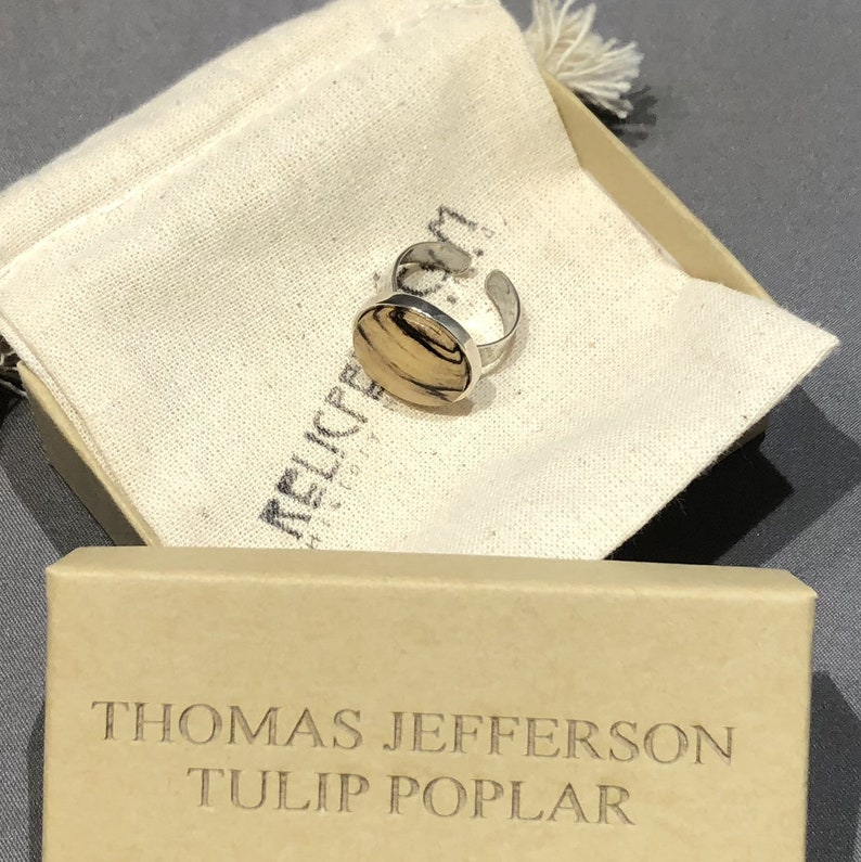 Hammered Sterling Silver Ring made with Tulip Poplar from Thomas Jefferson/'s Monticello