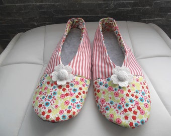 Spring floral T37 SLIPPERS