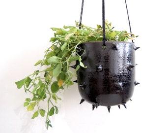 Black spike ceramic hanging planter