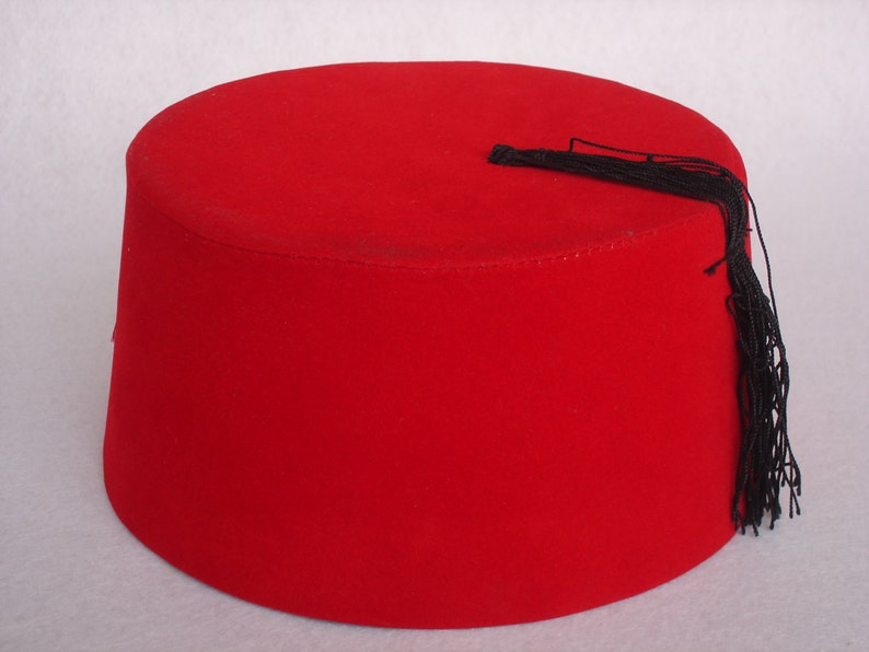 Doctor Who Fez Hat Fezzes Are Cool - Eleventh Doctor Fez - Cosplay Doctor  Who Fan - 11  Doctor Red Doctor Who Fez The Day of the Doctor