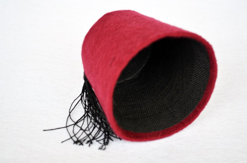 Mini Doctor Who Fez Hat Fezzes Are Cool - Cat Fez Eleventh Doctor Mini Fez  -Cosplay Doctor Who Fan - 11  Doctor Fez For Cats, Doctor Who Fez