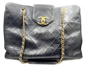 Chanel Vintage Super Model Jumbo 18 quot Quilted CC turnlock Bag As seen on Ashlee Simpson