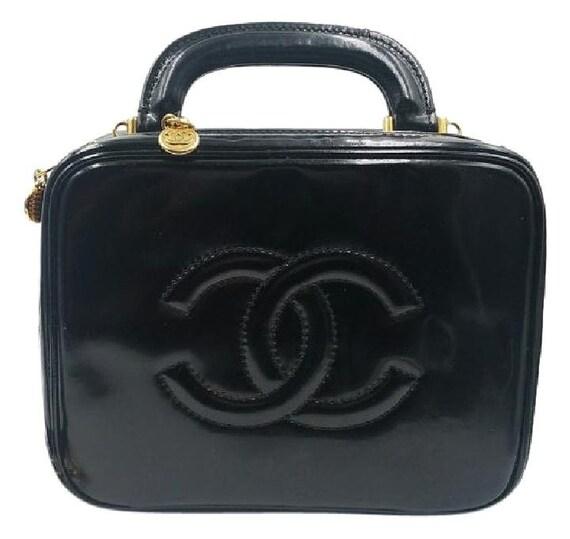 f74ec9da1dec Chanel Black Patent Leather Cosmetic Make up Case Shoulder Bag