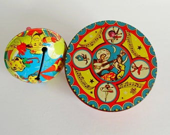 Vintage Tin Litho Crank Noisemaker w Plastic Handle Toy New Years Party Drink Bells