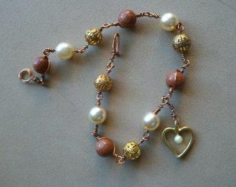 Heart Bracelet Goldstone Faux Pearl Goldtone Filigree Wire-Wrapped