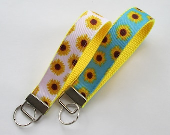 Sunflower Keychain for Women, Cool Lanyards for Women, Flower Keychain Lanyard, Cute Wristlet Lanyard, Cute Key Fobs, Floral Keychain