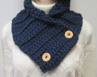 Navy Blue Chunky Scarf, Crochet Scarves, Knit Scarf, Fashion Scarves, Chunky Scarf, Womans Scarves, Fall Scarves, Fabiana B1-015