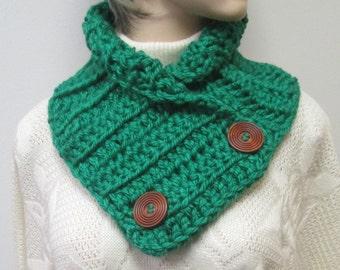 Kelly Green Chunky Scarf, Fall Womans Scarf, Green Scarf, Knit Scarves, Winter Chunky Scarves, Fall Crochet Scarf, Fabiana B1-013
