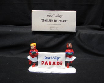 """DEPT 56 Snow Village """"Come Join The Parade"""", # 5411-9"""