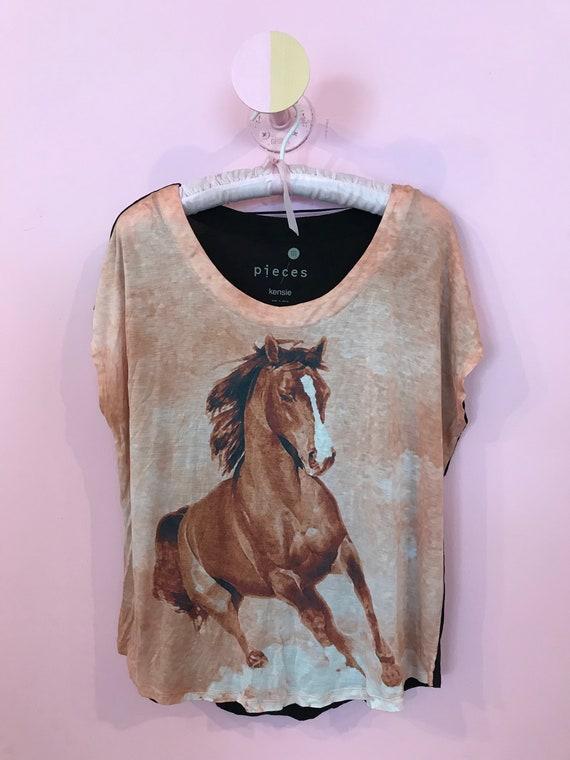 Peachy Pony top