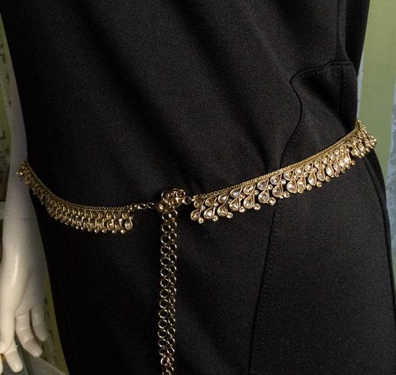 Vintage Gold Jewelled Belt Exquisite Craftsmanship