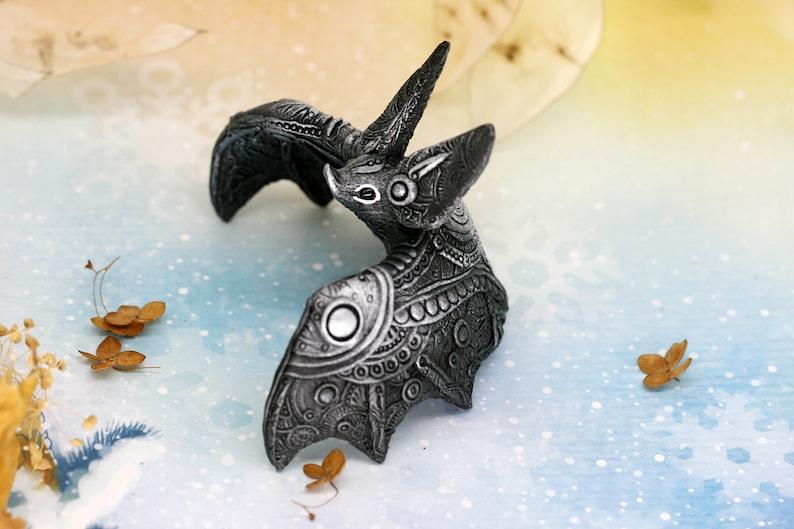 Vampire Bat Figurine Animal Sculpture Halloween Home Decor image 0