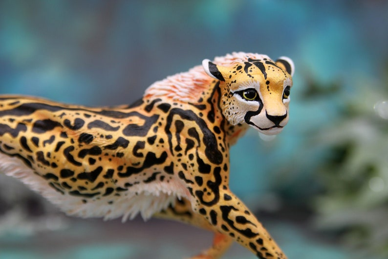 Royal Cheetah Feral Cat Figurine Animal Sculpture African image 0
