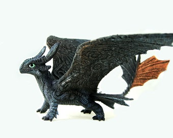 Toothless Night Fury Dragon Sculpture HTTYD figurine How to train your dragon fantasy animal creature art sculpture magic gif