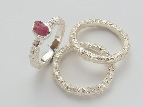 Raw Ruby Wedding Ring Set Rough Ruby Engagement Wedding Etsy