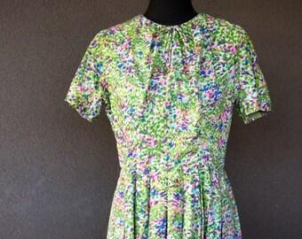 Vintage 1950s tea dress