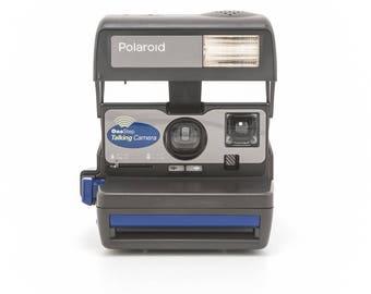 Polaroid OneStep Talking Camera - film Tested - Working vintage 80s Polaroid 600 film Camera