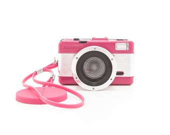 Lomography - FISHEYE 2 - 35mm Plastic Toy Camera - Fisheye Lens - 35mm Film Photography Camera