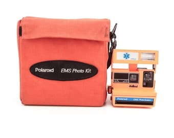 POLAROID 600 EMS Photo Kit - Ultra Rare Limited Edition Polaroid Camera  - Film tested and working - Soft Case Included Vintage Polaroid 600