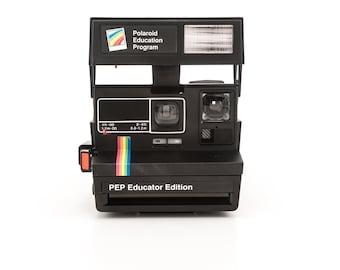Polaroid Education Program PEP Educator Edition rare Polaroid 600 Instant Camera Tested Working - Black with Rainbow strip and close up lens