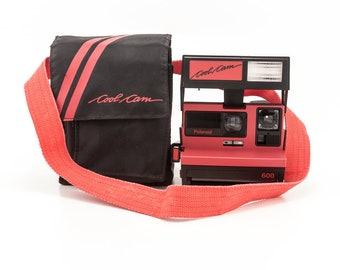 Polaroid 600 Cool Cam Black and Red Body Instant Camera with Soft Case - Tested and Working Uses Polaroid Originals 600 film Vintage