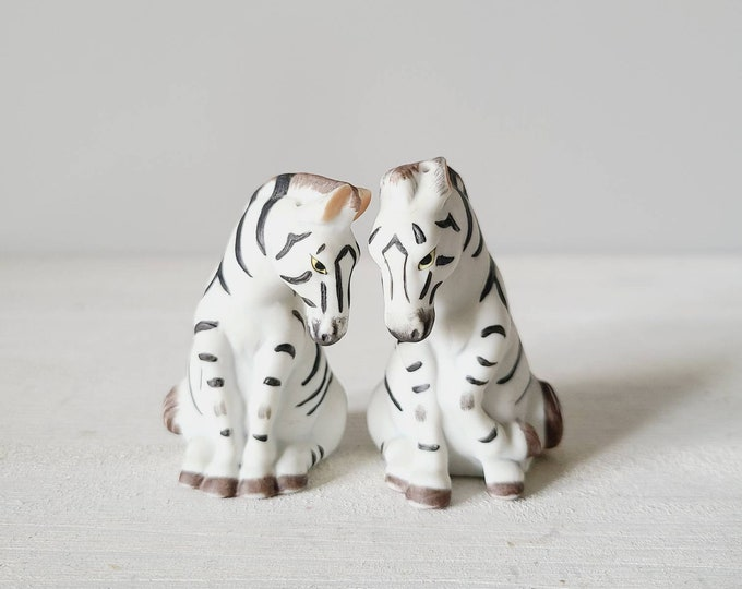 Vintage zebra salt and pepper shakers | eighties jungle/safari theme salt and pepper | kitschy fun decor |