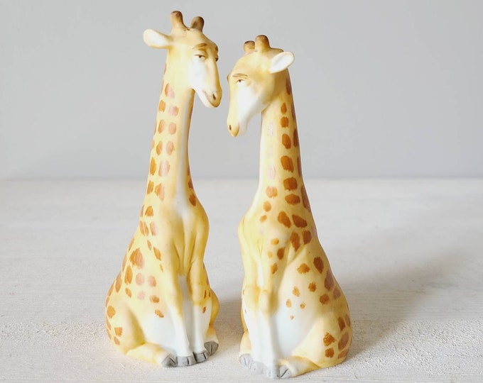 Vintage giraffe salt and pepper shakers | eighties jungle/safari theme salt and pepper | kitschy fun decor |