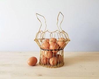 Vintage collapsible wire egg basket | rustic farmhouse decor |