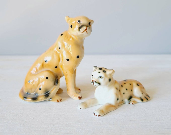 Vintage porcelain cheetah pair | jungle cat figurines | eighties jungle theme | kitschy fun decor | leopard