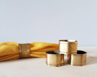 Vintage brass napkin rings | bohemian table decor |